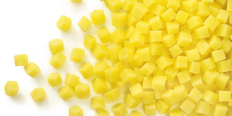 Для создания идеальных кубиков поможет специальная овощерезка