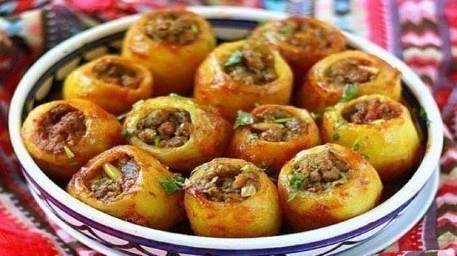 Картофельные бочонки фаршируют мясом или овощами